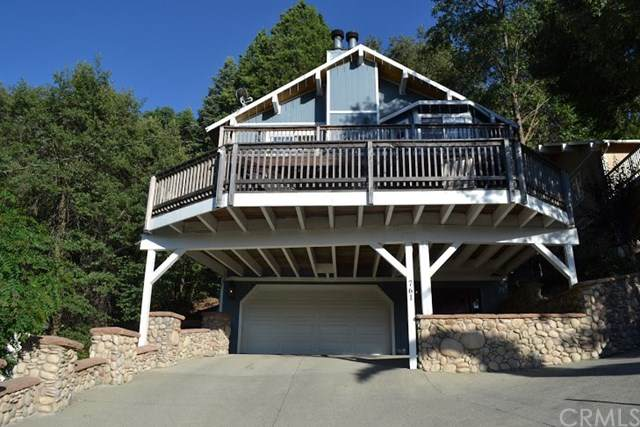 761 Berne Drive, Crestline, CA 92325 (#OC20133904) :: Sperry Residential Group
