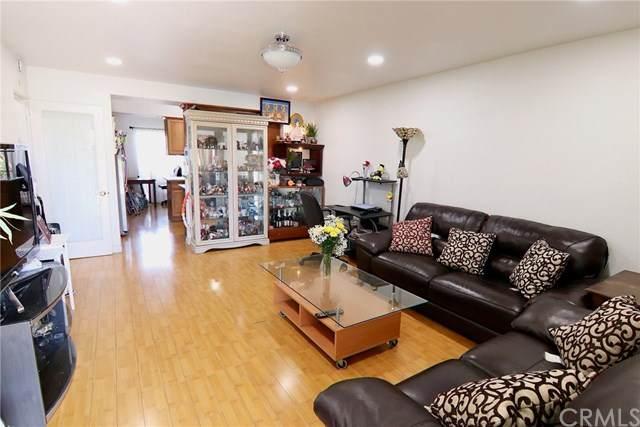 17121 Mcfadden Avenue #15, Tustin, CA 92780 (#PW20133914) :: Allison James Estates and Homes