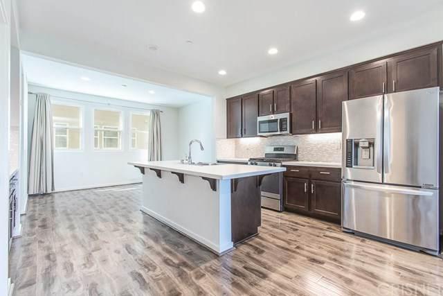 13216 Shaw Lane, Sylmar, CA 91342 (#SR20134046) :: The Brad Korb Real Estate Group