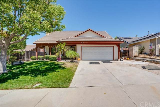 33599 Great Falls Road, Wildomar, CA 92595 (#PW20125939) :: Allison James Estates and Homes