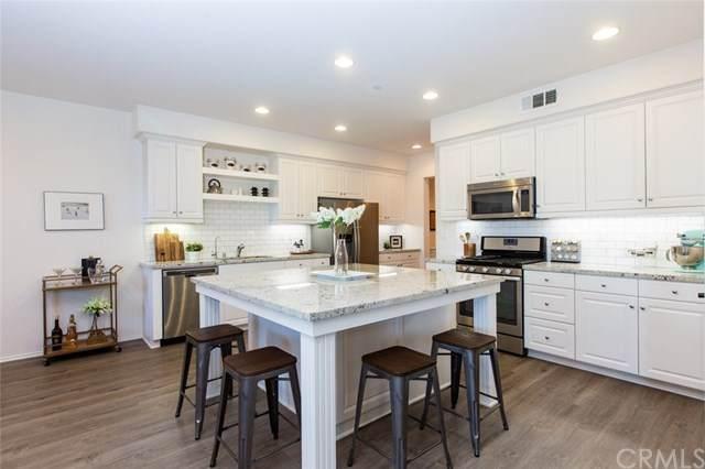 875 E Promenade D, Azusa, CA 91702 (#CV20133420) :: Frank Kenny Real Estate Team