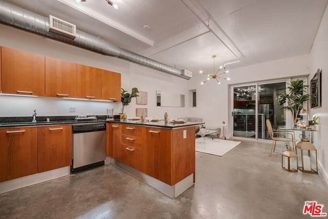 645 W 9Th Street #222, Los Angeles (City), CA 90015 (#20601746) :: Millman Team
