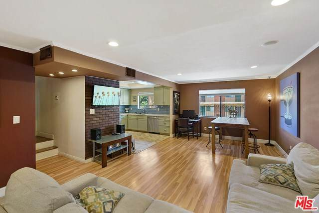 6847 Haskell Avenue #3, Van Nuys, CA 91406 (#20601406) :: Sperry Residential Group