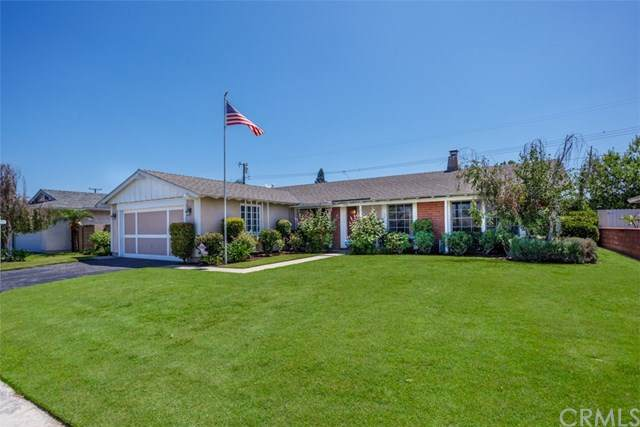 910 S Cardiff Street, Anaheim, CA 92806 (#PW20134579) :: Sperry Residential Group