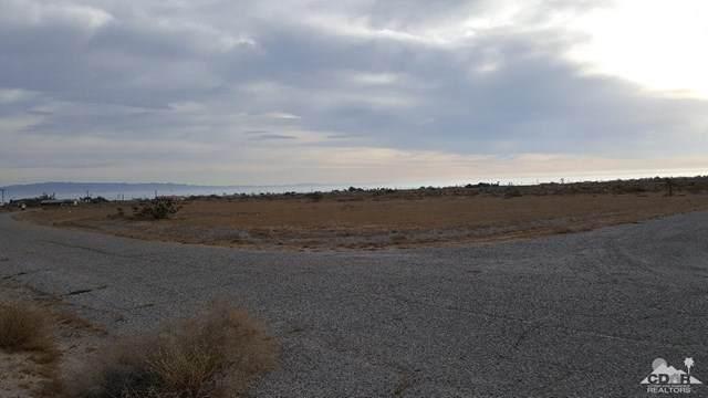 1133 Sea Wind Avenue, Thermal, CA 92274 (#219045773DA) :: Team Tami