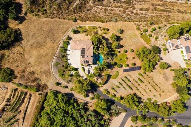 3304 San Pasqual Trl, Escondido, CA 92025 (#200031952) :: A|G Amaya Group Real Estate