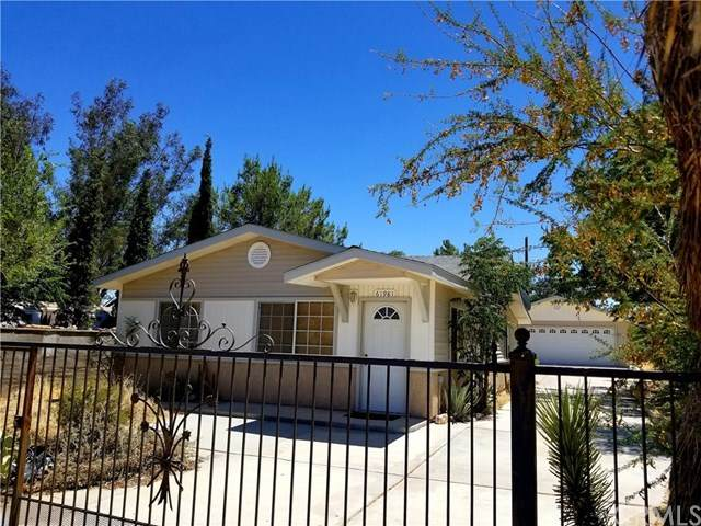 61981 El Reposo Circle, Joshua Tree, CA 92252 (#JT20131774) :: The Laffins Real Estate Team