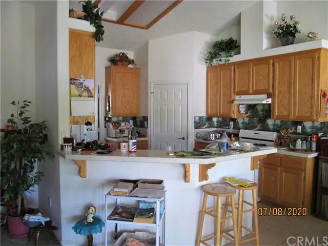 17520 Aspen Street, Hesperia, CA 92345 (#EV20134577) :: Steele Canyon Realty
