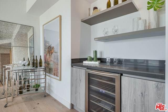 1367 N Alta Vista Boulevard #404, Los Angeles (City), CA 90046 (#20602158) :: Sperry Residential Group