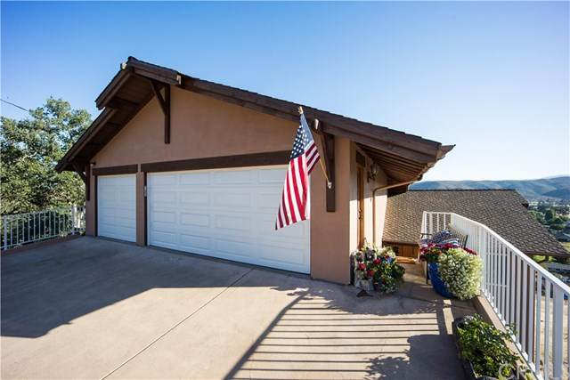18699 Lakeridge Circle, Hidden Valley Lake, CA 95467 (#LC20134826) :: The DeBonis Team