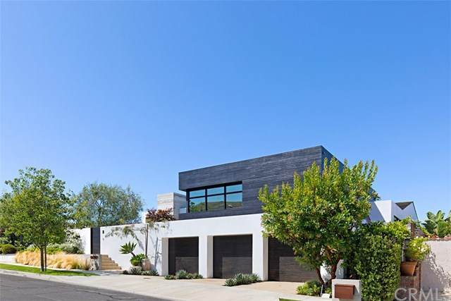 11 Point Sur Drive, Corona Del Mar, CA 92625 (#NP20134464) :: Zember Realty Group