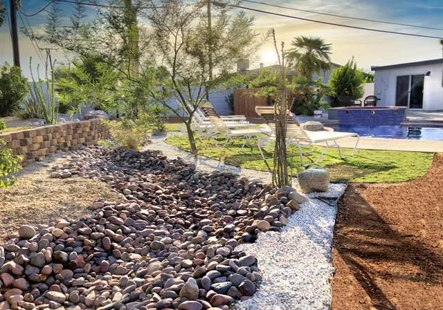 2121 E Del Lago Road, Palm Springs, CA 92262 (#219045796DA) :: The Laffins Real Estate Team