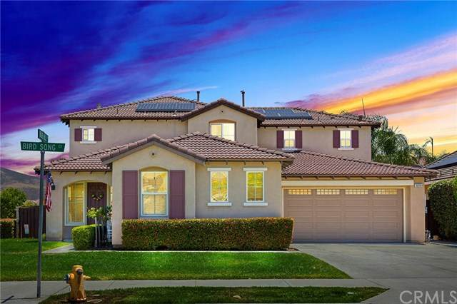 36350 Bird Song Court, Winchester, CA 92596 (#SW20135377) :: Allison James Estates and Homes