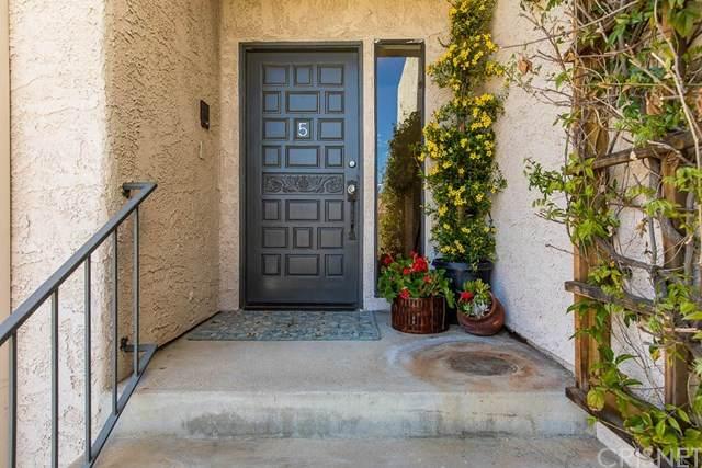 4315 Freedom Drive #5, Calabasas, CA 91302 (#SR20133544) :: A G Amaya Group Real Estate