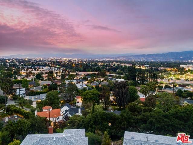 3967 Fredonia Drive, Los Angeles (City), CA 90068 (#20601084) :: Team Tami