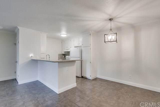 2511 W Sunflower Avenue J4, Santa Ana, CA 92704 (#OC20133858) :: RE/MAX Empire Properties