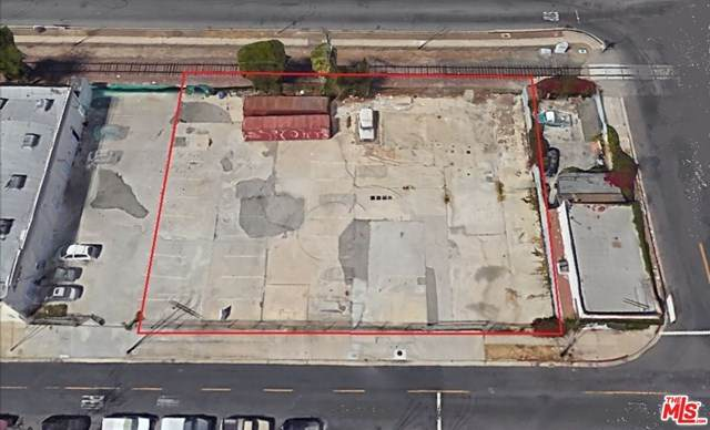 2615 Southwest Drive, Los Angeles (City), CA 90043 (#20602336) :: Zember Realty Group