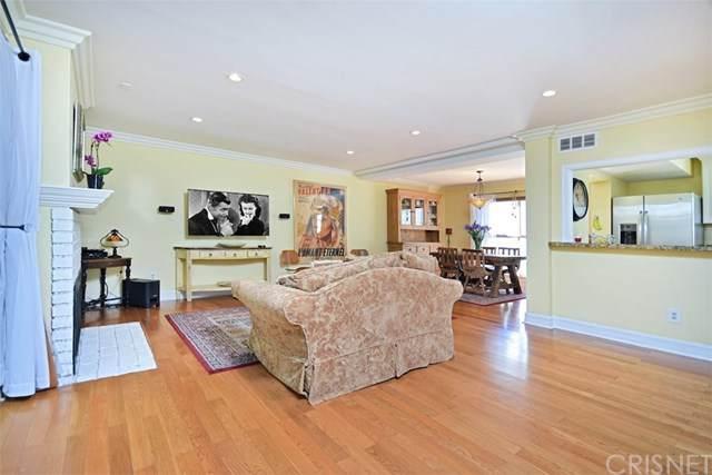 5339 Coldwater Canyon Avenue A, Sherman Oaks, CA 91401 (#SR20134581) :: Zember Realty Group