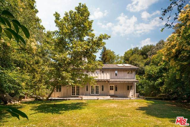 25750 Vista Verde Drive, Calabasas, CA 91302 (#20602330) :: A G Amaya Group Real Estate