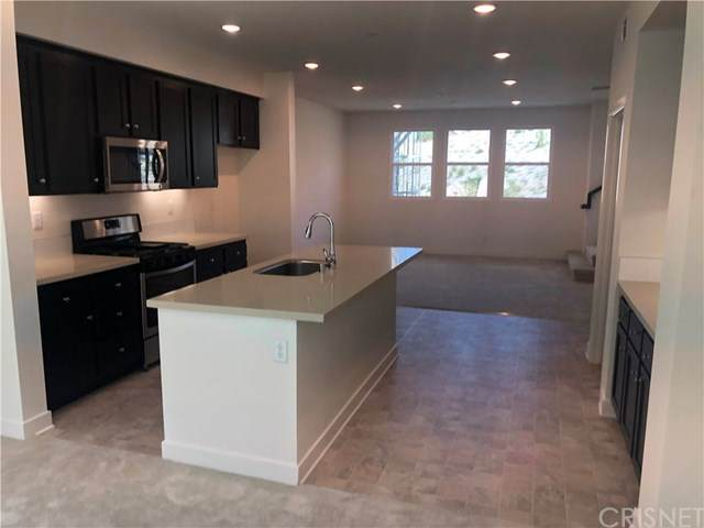 12832 Watt Lane, Sylmar, CA 91342 (#SR20134878) :: Better Homes and Gardens Real Estate Vogler Feigen