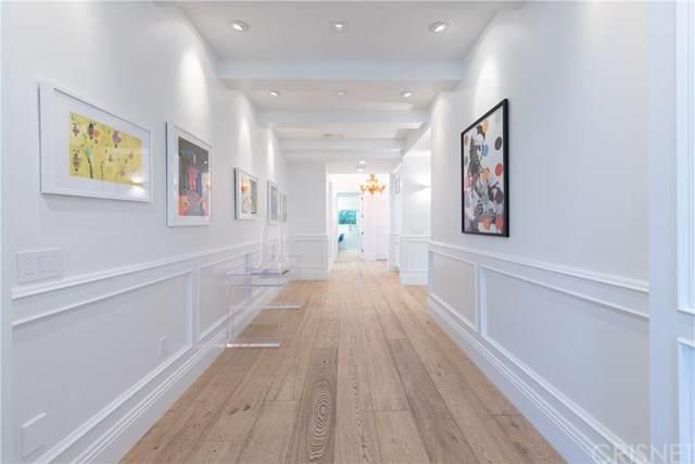 17204 Rancho Street, Encino, CA 91316 (#SR20134773) :: Berkshire Hathaway HomeServices California Properties