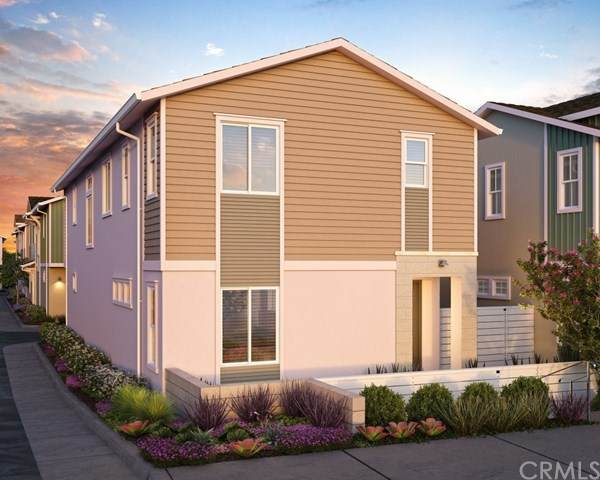 13450 W Hubbard St, Sylmar, CA 91342 (#PF20128211) :: Crudo & Associates