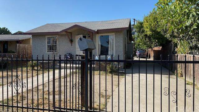 915 E 105th Street, Los Angeles (City), CA 90002 (#DW20135852) :: Z Team OC Real Estate