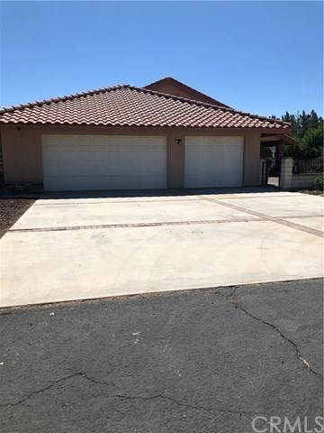 18949 Shoshonee Road, Apple Valley, CA 92307 (#CV20131526) :: RE/MAX Masters
