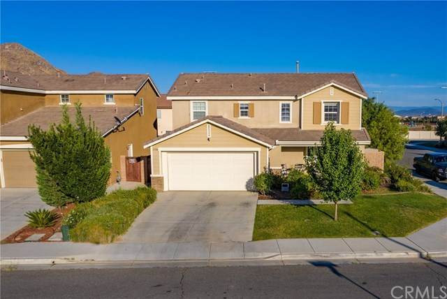 27118 Red Rock Court, Menifee, CA 92585 (#SW20136053) :: Allison James Estates and Homes