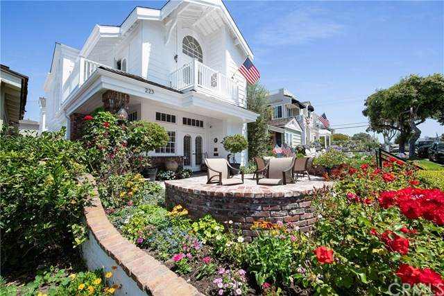 223 Orchid Avenue, Corona Del Mar, CA 92625 (#NP20136120) :: Twiss Realty