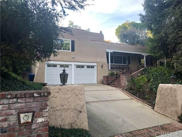 4931 Queen Victoria Road, Woodland Hills, CA 91364 (#SR20136167) :: The Laffins Real Estate Team