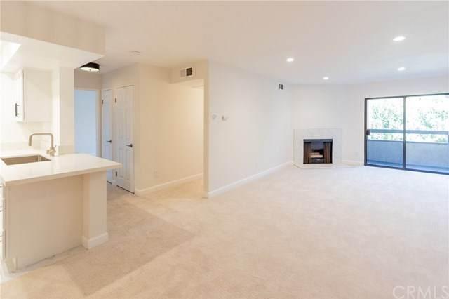 424 Oak Street #331, Glendale, CA 91204 (#PW20133699) :: The Brad Korb Real Estate Group