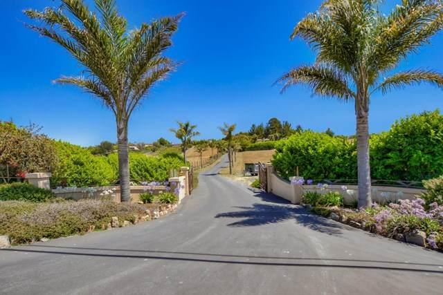 69 Crest Drive, Watsonville, CA 95076 (#ML81800547) :: Blake Cory Home Selling Team