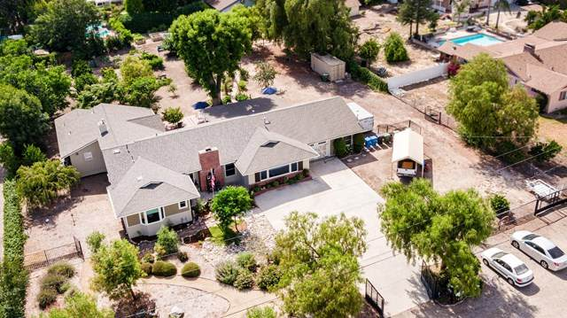 3055 Country Lane, Simi Valley, CA 93063 (#220007228) :: Frank Kenny Real Estate Team