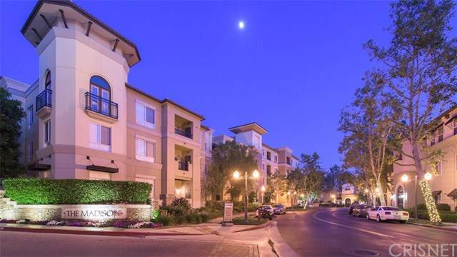 24505 Town Center Drive #7402, Valencia, CA 91355 (#SR20136338) :: American Real Estate List & Sell