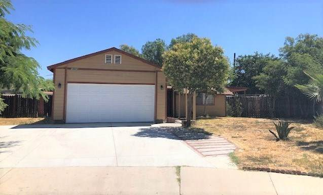 13324 Dilbeck Drive, Moreno Valley, CA 92553 (#IV20136357) :: The Marelly Group | Compass