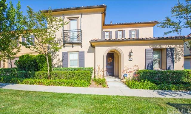 36 Prickly Pear #40, Irvine, CA 92618 (#OC20136280) :: Doherty Real Estate Group