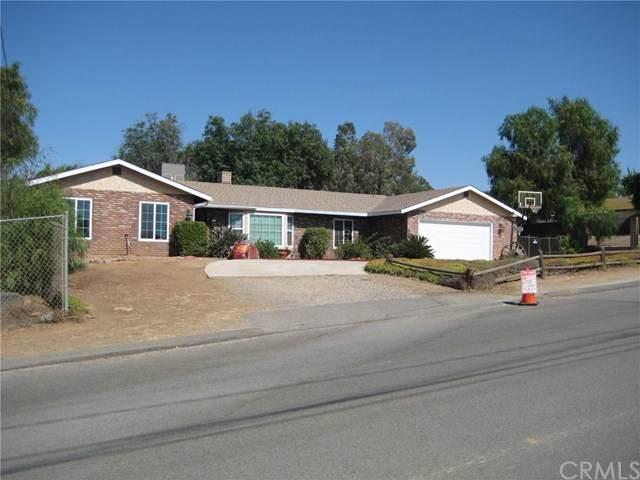 16750 Gardner Avenue, Riverside, CA 92504 (#IG20127262) :: Compass