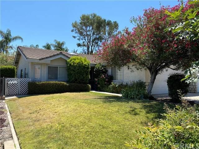 31179 Emperor Drive, Canyon Lake, CA 92587 (#SW20136641) :: A|G Amaya Group Real Estate