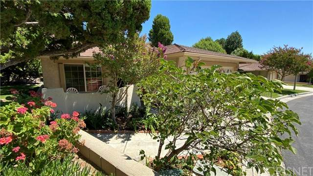 26864 Oak Branch Circle, Newhall, CA 91321 (#SR20136675) :: American Real Estate List & Sell