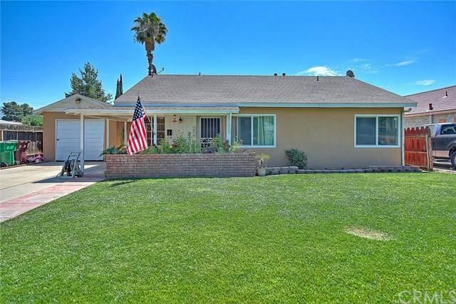 1074 Palm Avenue, Beaumont, CA 92223 (#EV20136946) :: Compass