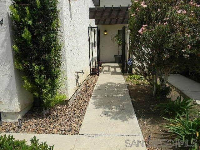 1134 Via Loma, El Cajon, CA 92019 (#200032536) :: The Ashley Cooper Team