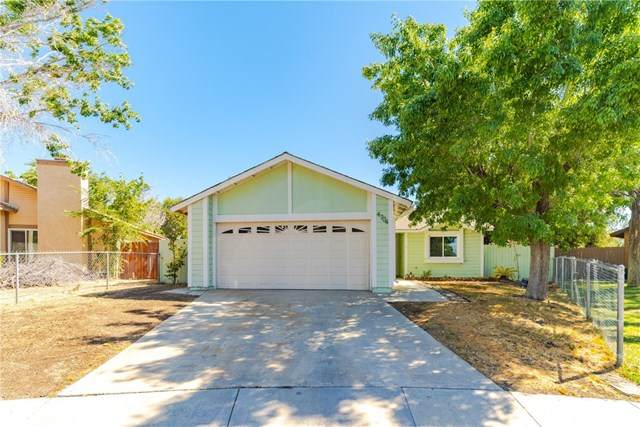 4704 Karling Place, Palmdale, CA 93552 (#SR20137447) :: American Real Estate List & Sell