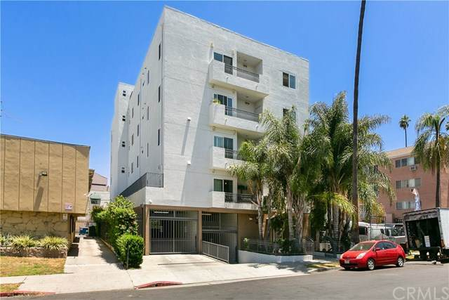 926 S Manhattan Place #501, Los Angeles (City), CA 90019 (#AR20136568) :: American Real Estate List & Sell