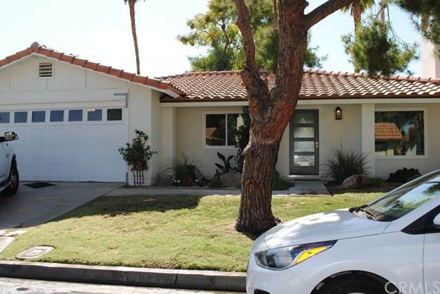 41935 Largo, Palm Desert, CA 92211 (#OC20137359) :: Blake Cory Home Selling Team