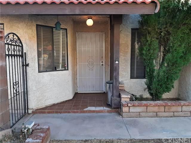37025 Pond Avenue, Palmdale, CA 93550 (#SR20137063) :: RE/MAX Masters