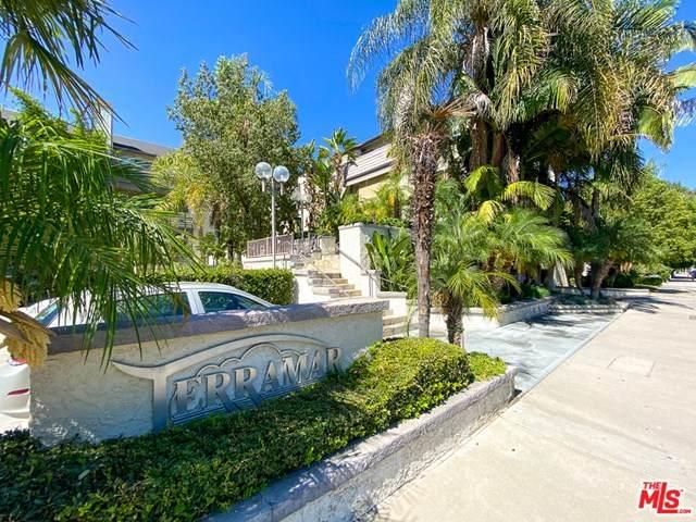 20253 Keswick Street #106, Winnetka, CA 91306 (#20603282) :: RE/MAX Masters