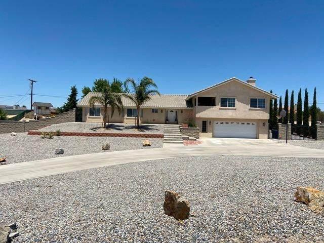 19530 Haida Road, Apple Valley, CA 92307 (#526193) :: The Brad Korb Real Estate Group