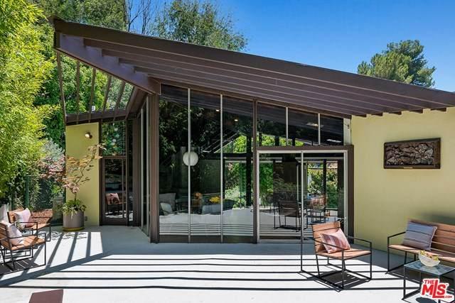 3329 Ledgewood Drive, Hollywood, CA 90068 (#20603666) :: Blake Cory Home Selling Team