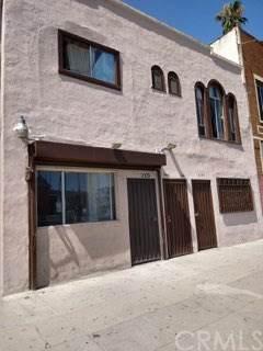 2107 W 54th Street, Los Angeles (City), CA 90062 (#CV20138896) :: A|G Amaya Group Real Estate